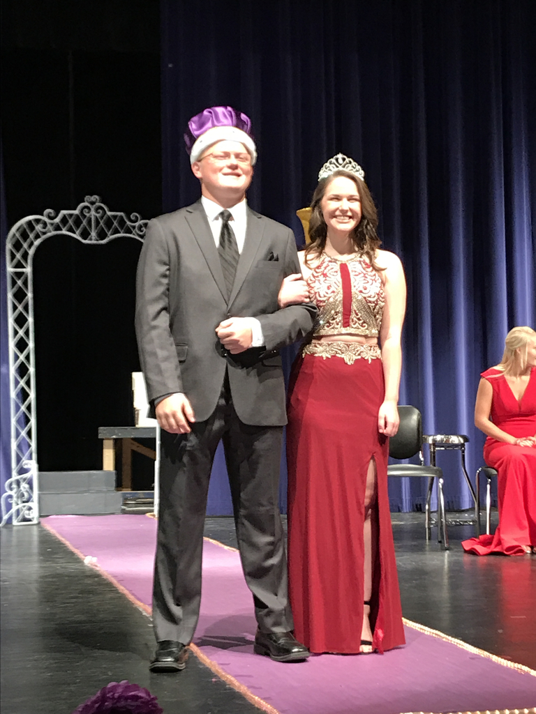 2019 homecoming king and queen at Melrose high school.